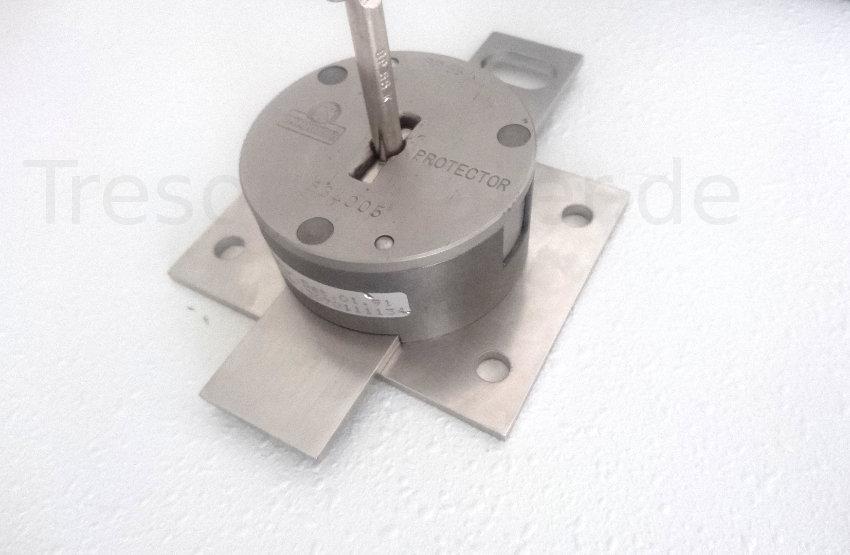 Montageplatte mit CAD